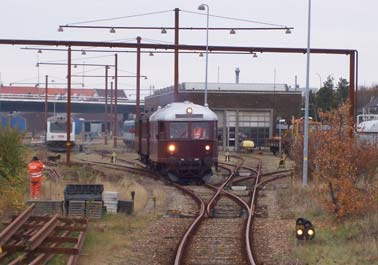 AHJ ML 5206 on its way out of our depot throug Banedanmarks depot in Aalborg